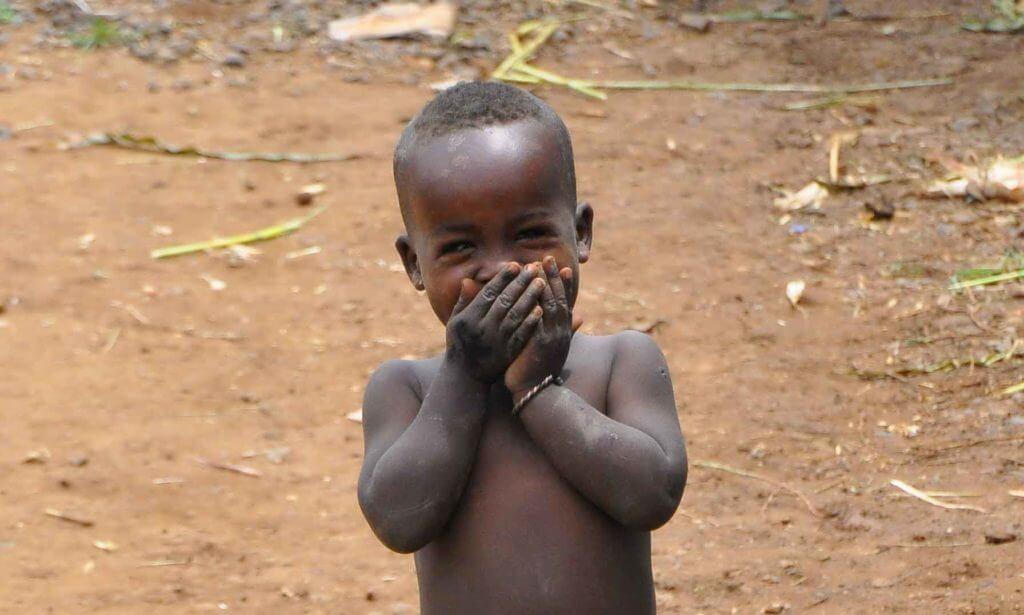 bambino etiope sorriso
