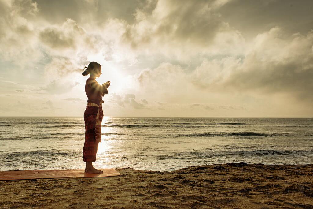 yoga mare viaggio